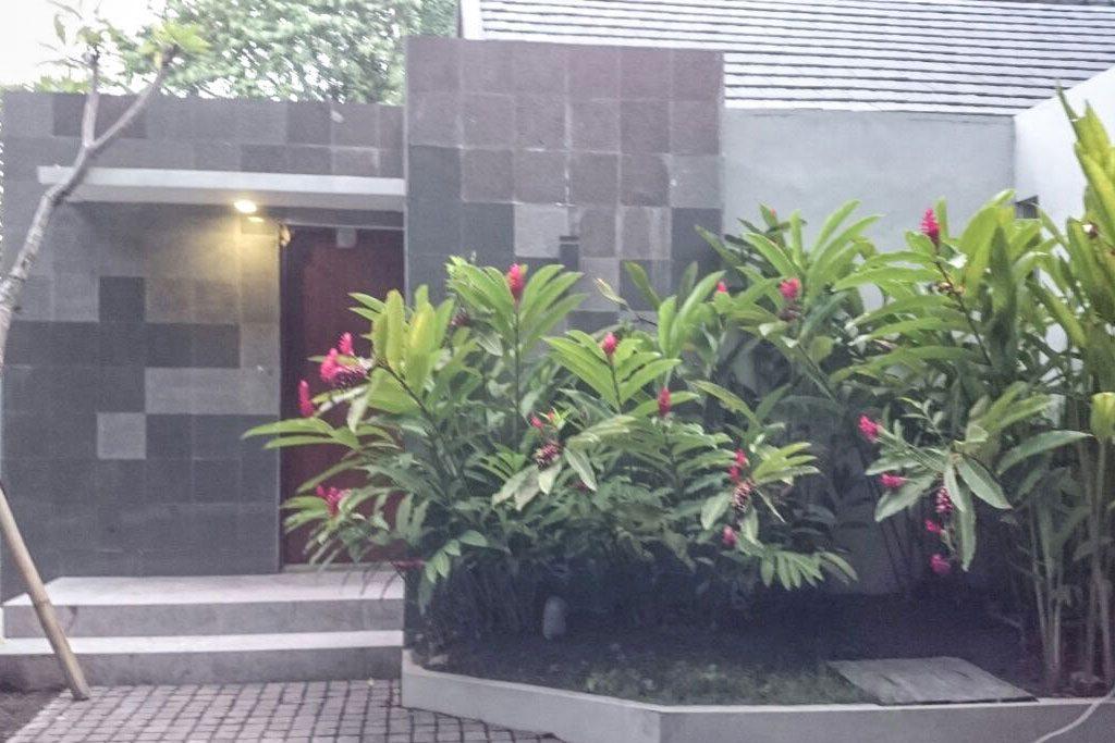 Entrance-Omatha-Villa-02