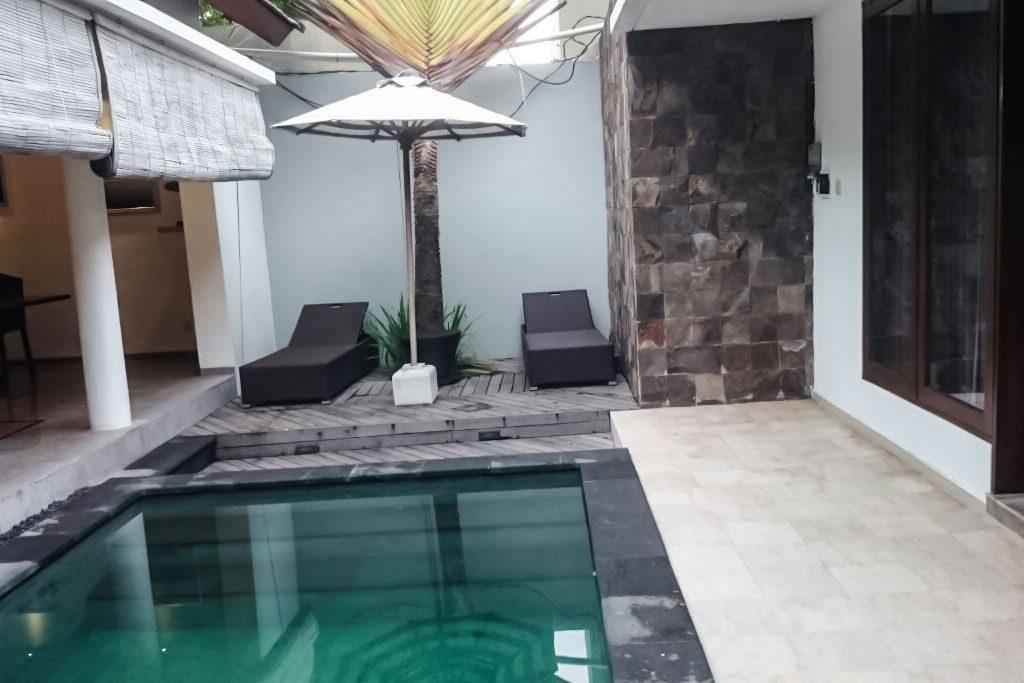 Pool-Omatha-Villa-03